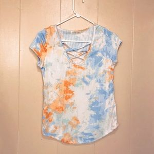 Full circle Trends Lg TieDye criscross front Top🔥
